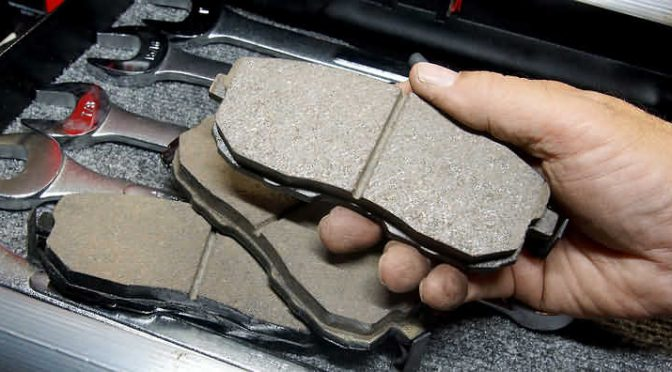Brakes Fail-How to Stop a Car with No Brakes: 11 Steps (with Pictures)